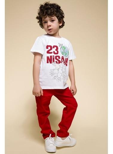 DeFacto 23 Nisan Renk Değiştiren T-shirt Beyaz